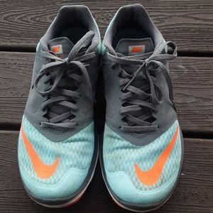 Nikes women's running shoes - 9